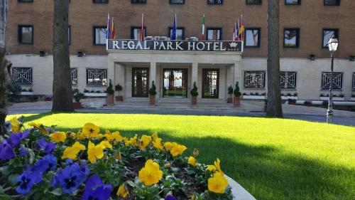 Regal Park Hotel photo 5