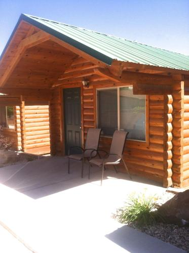 Bryce Canyon Inn Cabins Photo