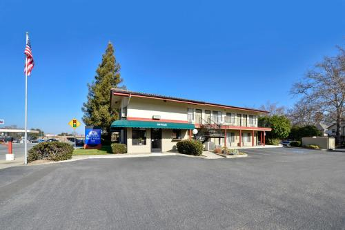 Americas Best Value Inn Atascadero Photo