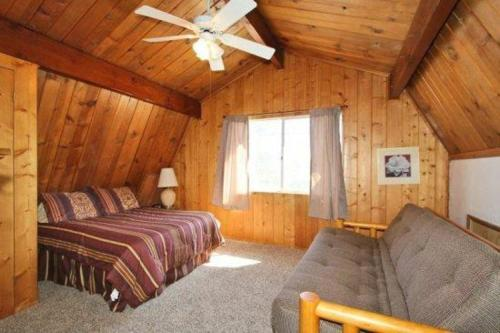 Heavenly Hideaway By Village Reservations - Big Bear Lake, CA 92315