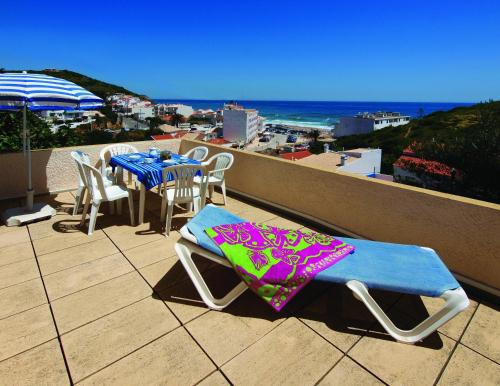 holidays algarve vacations Salema Seaview Apartments