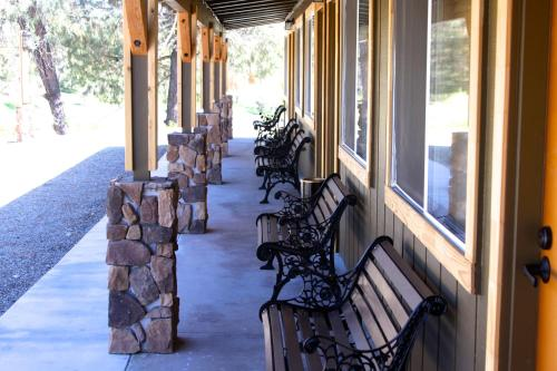 Yosemite Gold Country Lodge - Coulterville, CA 95311