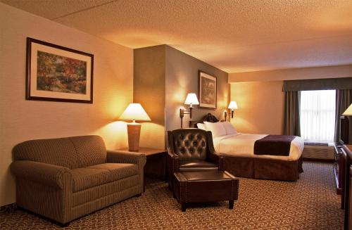 Holyoke (MA) United States  city pictures gallery : Hotel & Suites, Holyoke, MA, United States Overview | priceline.com