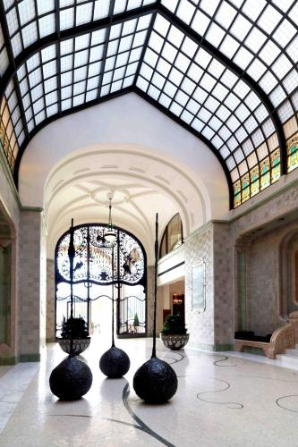 Four Seasons Hotel Gresham Palace, Budapest, Hungary, picture 11