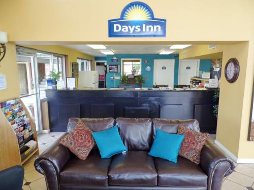 Days Inn Conway Photo