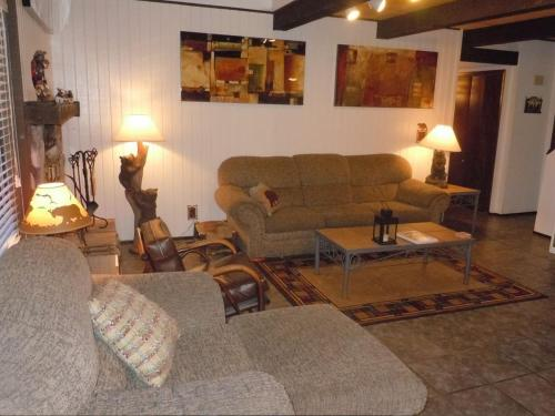 Two-Bedroom Premier Unit #34 by Escape For All Seasons - Big Bear Lake, CA 92315