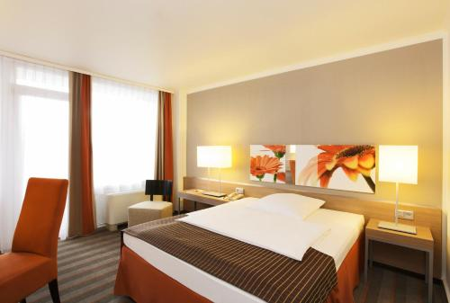 Ramada Hotel Frankfurt Messe photo 22