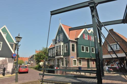 Appartement Hotel Spaander in Volendam from €109