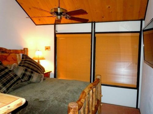 Two-Bedroom Deluxe Unit #54 by Escape For All Seasons Photo