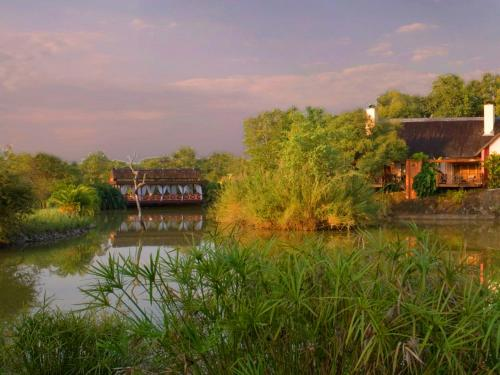 Umbhaba Lodge Photo