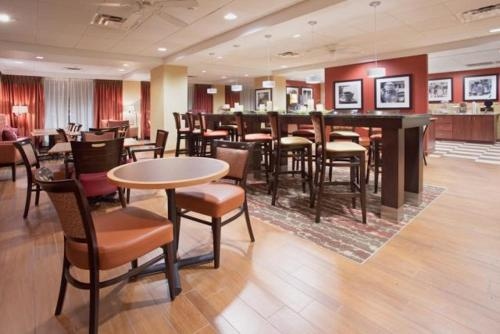 Hampton Inn Knoxville-West At Cedar Bluff in Knoxville