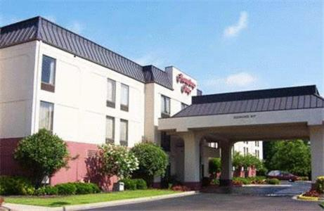 Photo of Hampton Inn Batesville Hotel Bed and Breakfast Accommodation in Batesville Mississippi