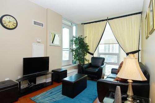 Whitehall Suites - Mississauga Furnished Apartments Photo