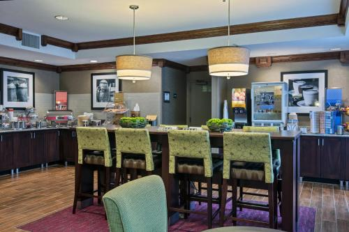 Hampton Inn Mattoon in Mattoon