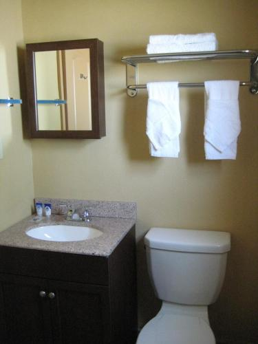 Americas Best Value Inn - Porterville Photo