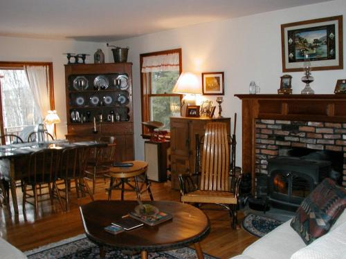 Cooperstown Lakeview Bed and Breakfast Photo