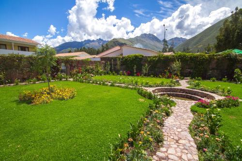 Agusto's Urubamba Photo