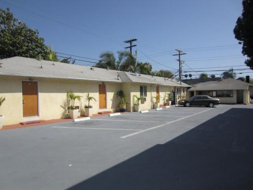 Tropico Motel - Los Angeles, CA 91204
