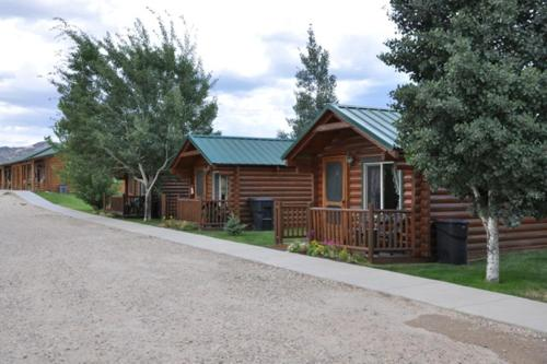 Bryce Country Cabins Photo