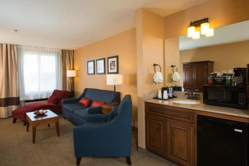 Comfort Inn & Suites Spokane Valley Photo