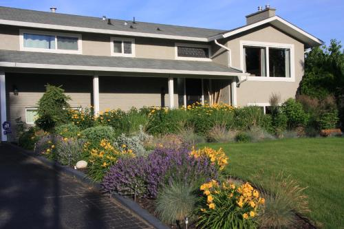 Kelowna Apple Tree Bed & Breakfast