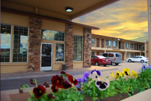 Cimarron Inn Klamath Falls Photo
