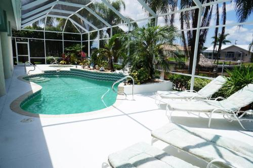 MHB Property SE Cape Coral Photo
