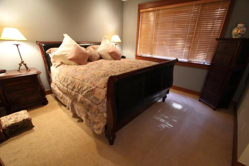 The Timbers By Mammoth Reservations - Mammoth Lakes, CA 93546