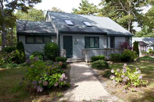 Cape Cod Holiday Estates, a VRI resort Photo