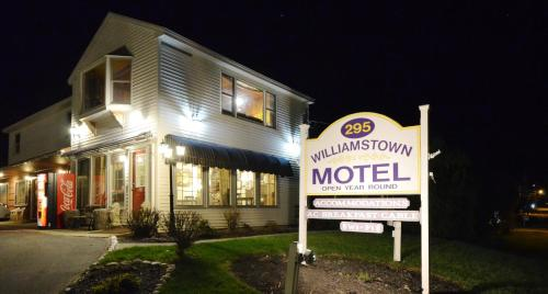 Williamstown Motel Photo
