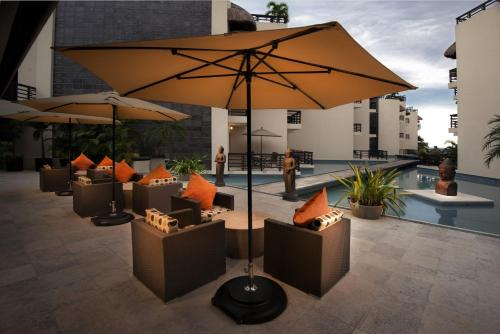 Aldea Thai Luxury Condo Hotel Photo