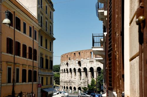 Hotel Colosseo Apartments And Rooms - Rome City Centre