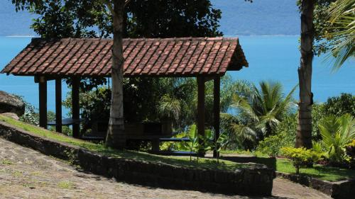 Ilhabela Chalés Photo