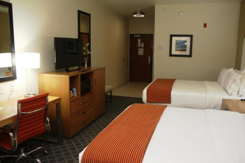 Holiday Inn Express North Hollywood Photo