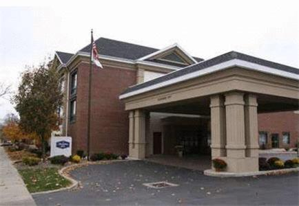 Hampton Inn East Aurora Photo