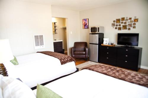 The Flagstone Boutique Inn & Suites - A Canyons Collection Property Photo