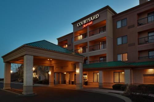 Foto de Courtyard Chicago St. Charles