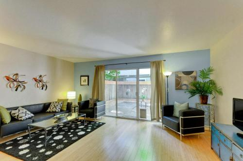 2 Bedroom House On Montecito Ave - Mountain View