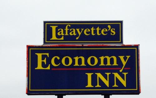 Economy Inn - Lafayette Photo