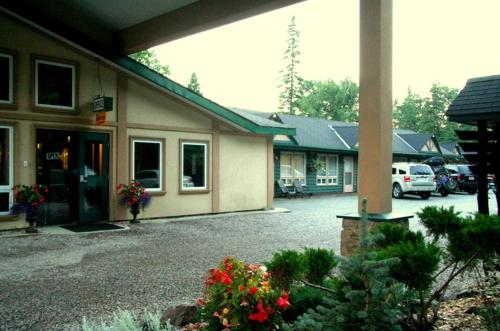 Best Northern Motel and Restaurant Photo