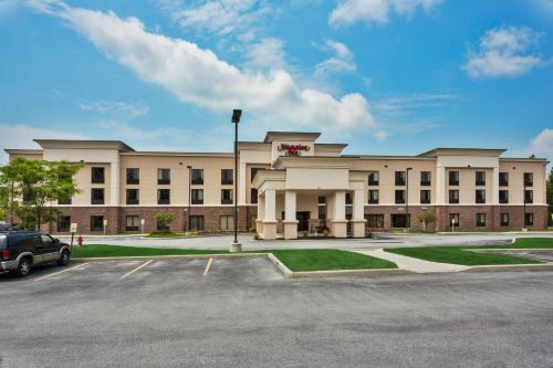 Hampton Inn Bennington Photo