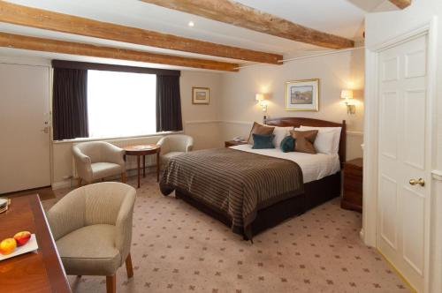 Hallmark Hotel Flitwick Manor - 2 of 25