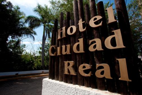 Hotel Ciudad Real Palenque Photo