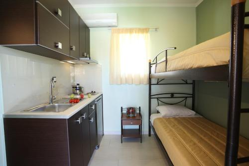 Efis House Rooms & Apartments