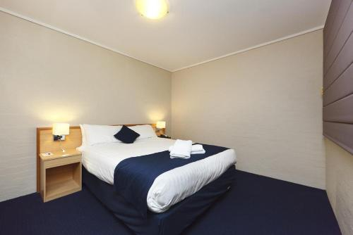 ibis Styles Canberra photo 18