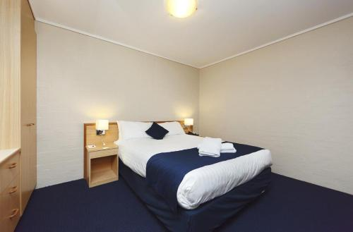 ibis Styles Canberra photo 19