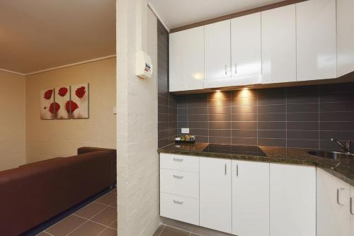 ibis Styles Canberra photo 23