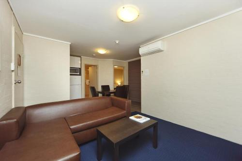 ibis Styles Canberra photo 24