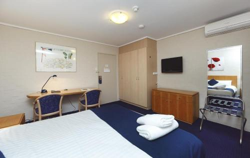 ibis Styles Canberra photo 28