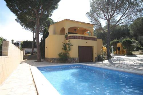 Holiday home Pinedes